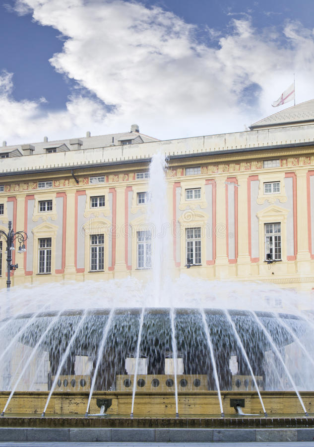 Download Ducal Palace And The Fountain Stock Image - Image: 22223373