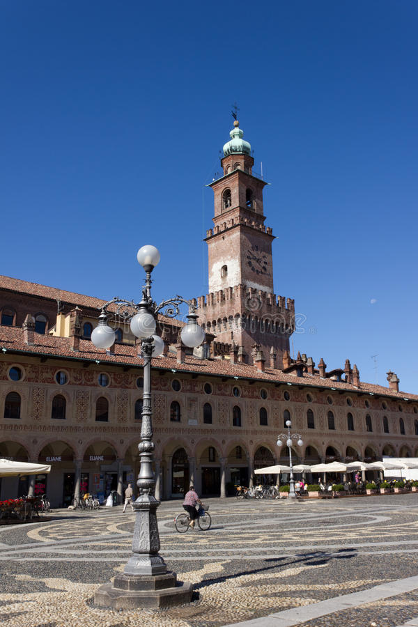 Download Ducal Square (Vigevano) editorial photography. Image of italian - 20411502