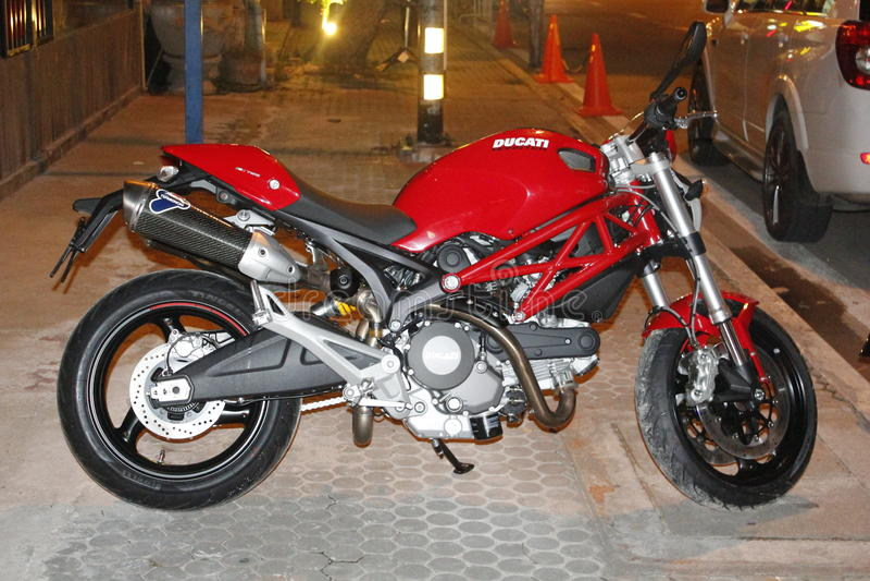 Ducati-Monster lizenzfreie stockbilder