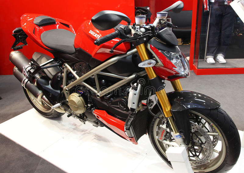 Ducati Streetfighter stockbilder