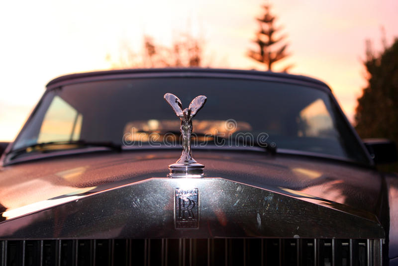 Duch ekstaza na Rolls Royce Corniche zdjęcia royalty free