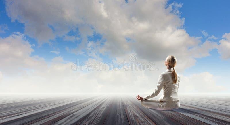 Duchowy stength i równowaga Mieszani środki zdjęcie royalty free