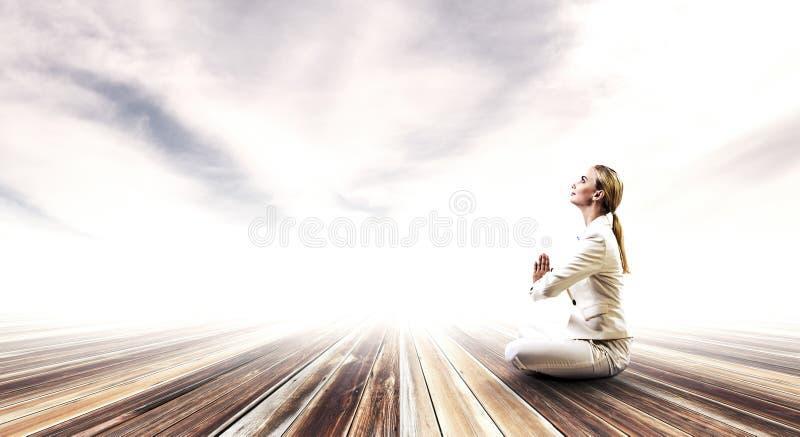Duchowy stength i równowaga Mieszani środki fotografia stock