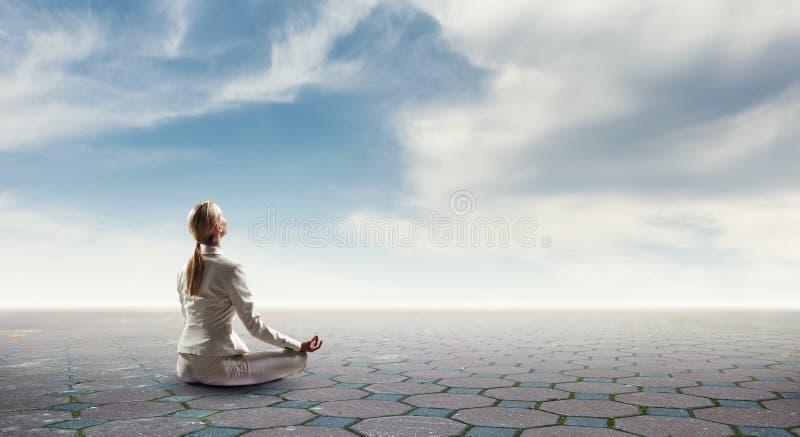 Duchowy stength i równowaga Mieszani środki zdjęcie stock