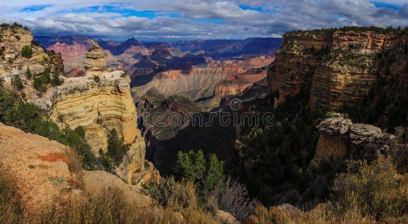Duck On eine Felsformation, Südkante von Grand Canyon, Arizona, UNO stockbilder