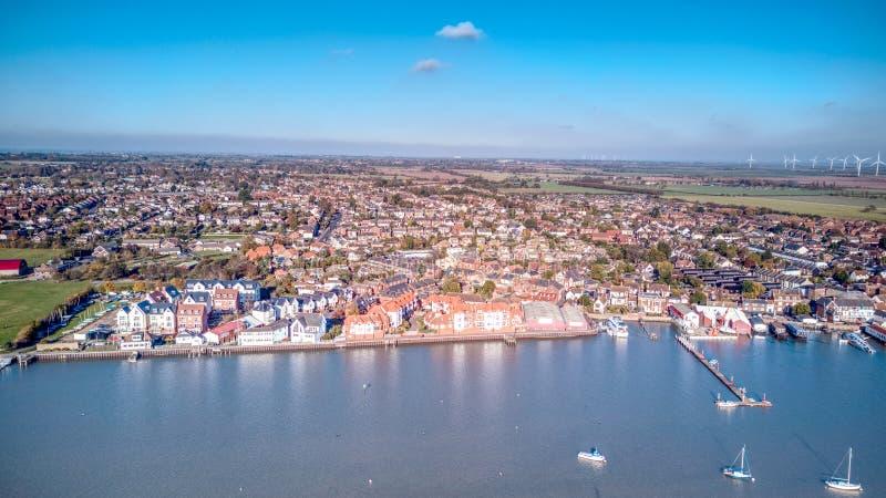 Ducken sich Flussfront - Essex lizenzfreie stockfotografie