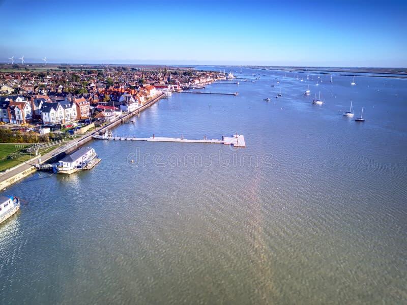 Ducken sich Flussfront - Essex lizenzfreie stockbilder