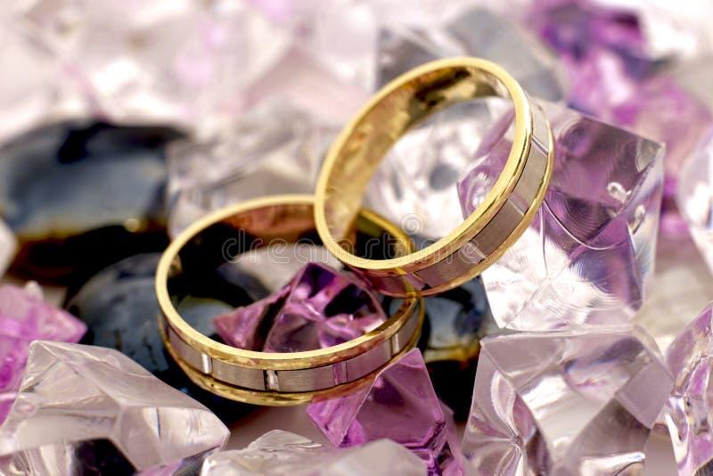 Due anelli di oro fotografie stock