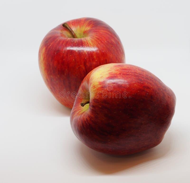 Due belle mele rosse fotografia stock libera da diritti