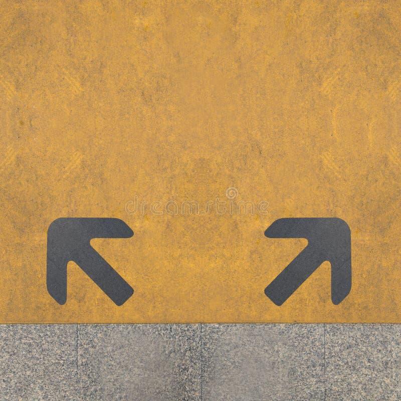 Due frecce grige fotografia stock libera da diritti