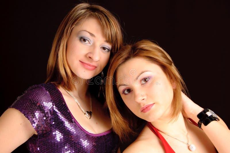 Due giovani amiche fotografia stock libera da diritti