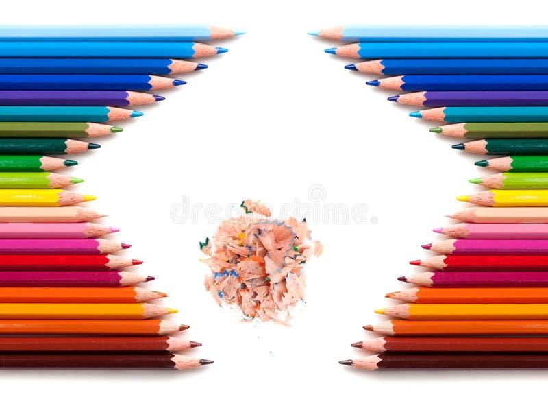 Due gruppi di matite di colore immagine stock