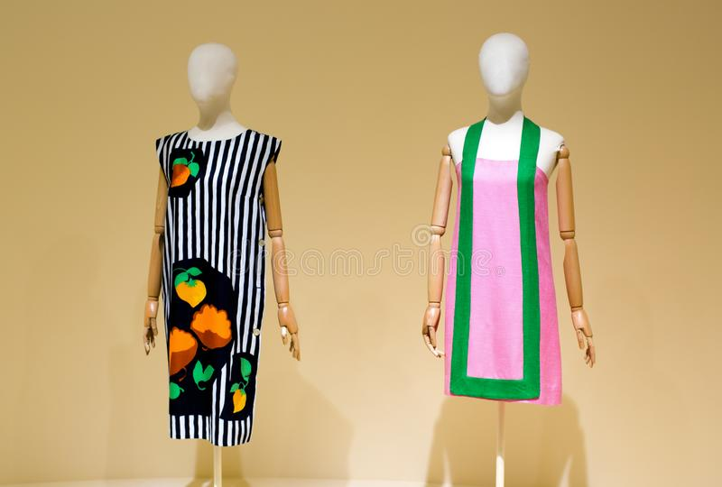 Due manichini femminili immagini stock libere da diritti
