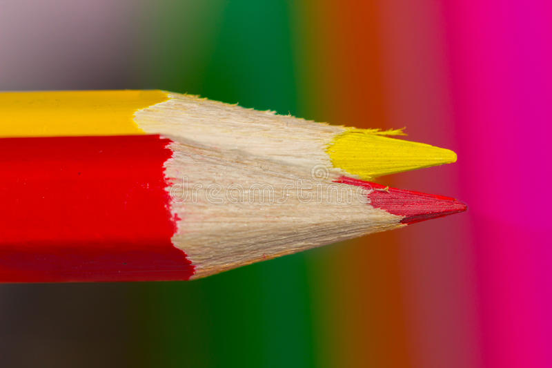 Due matite colorate fotografie stock