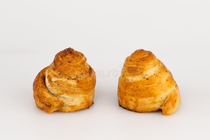 Due panini dolci con cannella immagine stock