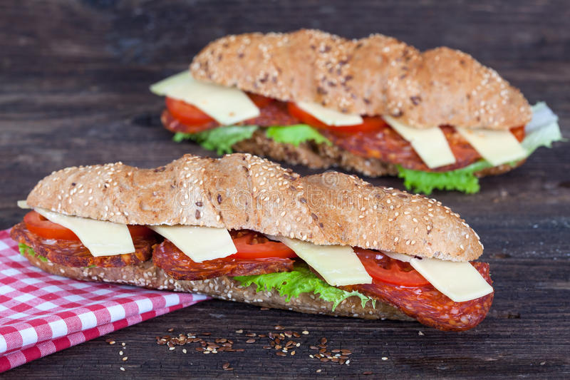 Due panini lunghi di ciabatta fotografia stock