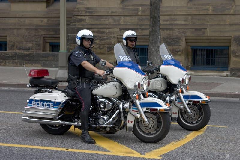 Due polizie sui motocicli fotografie stock libere da diritti