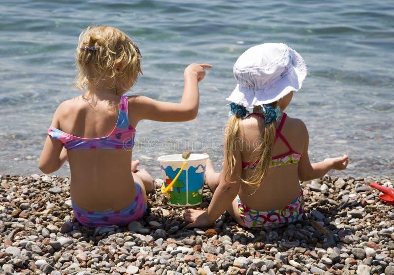 Due ragazze 2 immagini stock