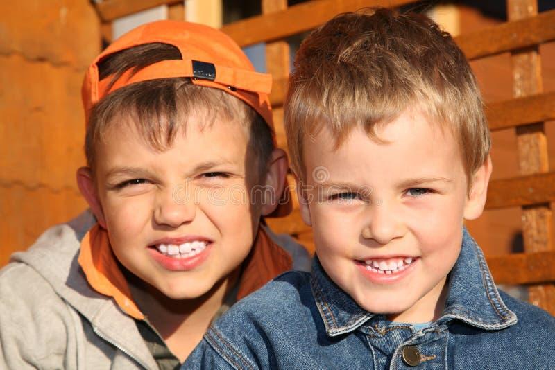 Due ragazzi immagini stock libere da diritti