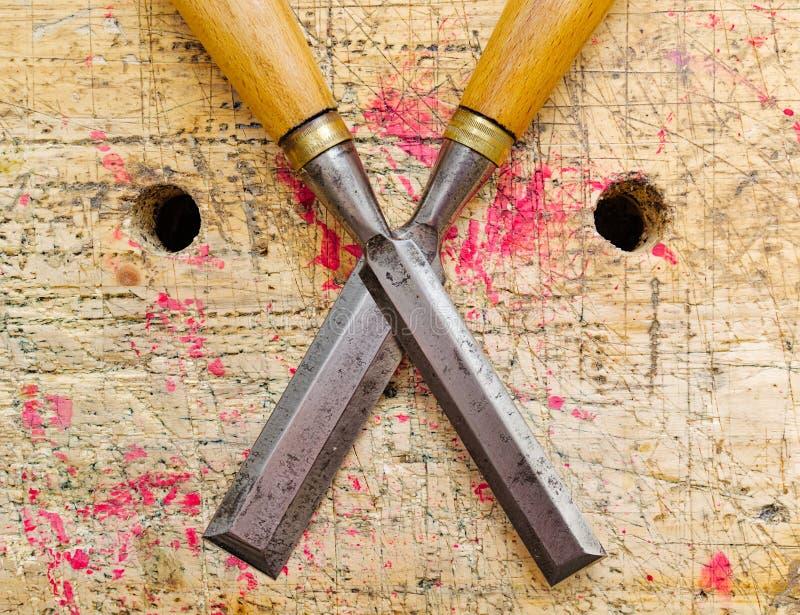 Due scalpelli antichi di falegnameria fotografia stock