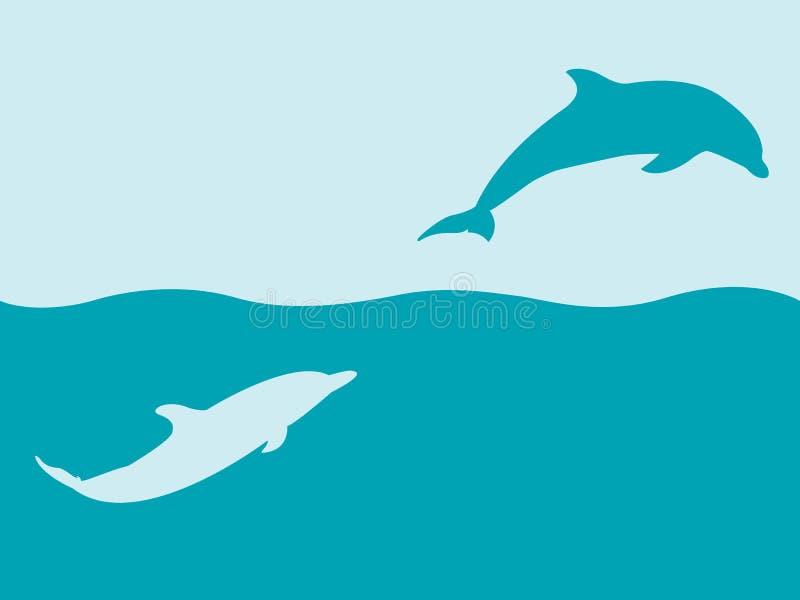 Due siluette dei delfini che giocano in acqua immagine stock