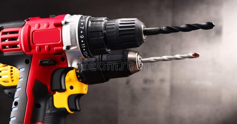 Due trapani senza cordone con i taglienti che funzionano anche come pistole immagine stock libera da diritti