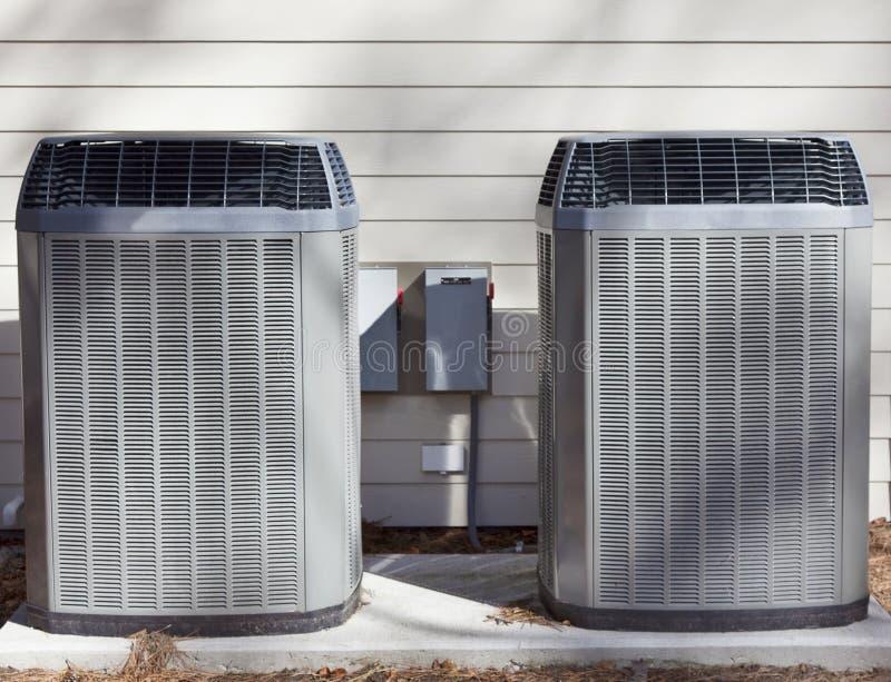 Due unità delle pompe di calore fotografie stock libere da diritti