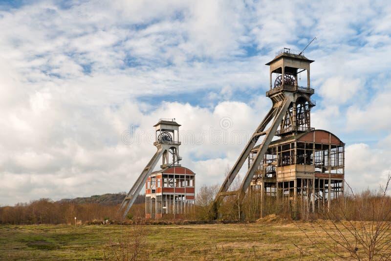 Due vecchie miniere di carbone fotografia stock