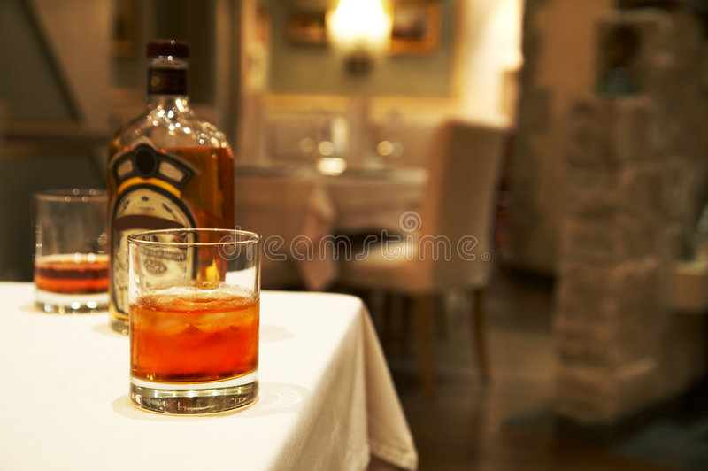 Due vetri da whisky fotografie stock