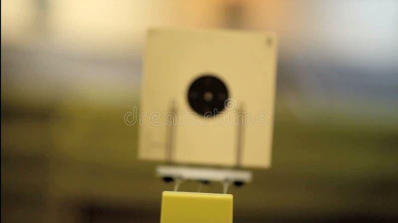 Duelo de la pistola almacen de metraje de vídeo