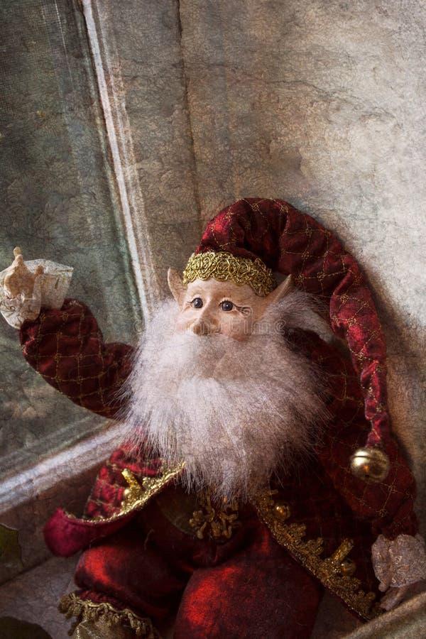 Duende de la Navidad con la barba imágenes de archivo libres de regalías