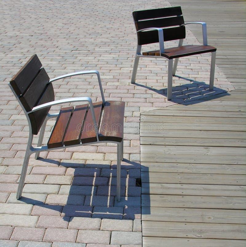 Download Duett 库存照片. 图片 包括有 横幅提供资金的, 就座, 不锈, 自夸者的, 椅子, 家具, 街道, 散步 - 191672