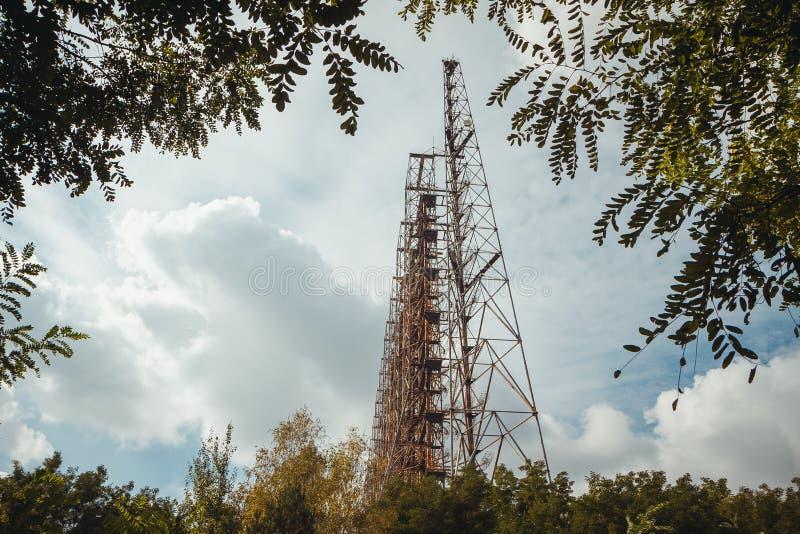 Duga - Sovjet over - systeem van de horizon OTH radar Duga-3 Russische Specht - antenne complex, militair voorwerp van de USSR stock fotografie