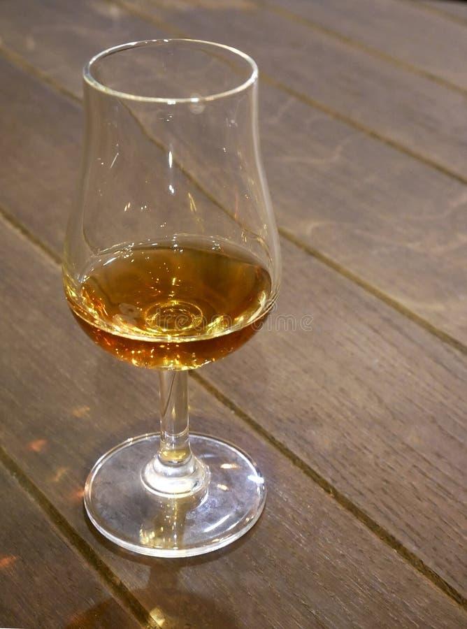 Duidelijk glas voor cognac stock foto