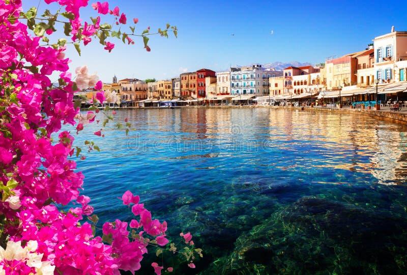 Duidelijk water van Chania habour, Kreta, Griekenland stock foto