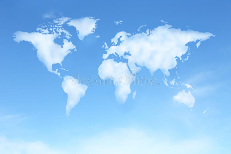 Duidelijke blauwe hemel met wereldkaart in wolkenvorm stock illustratie