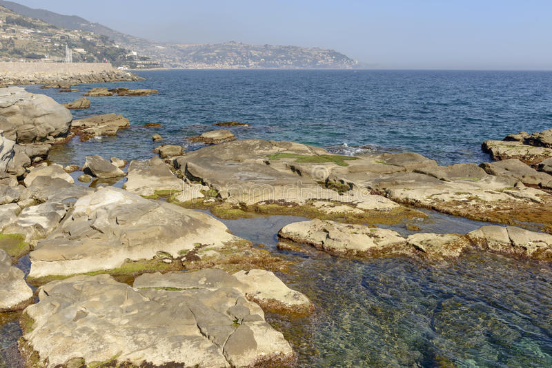 Duidelijke wateren van Middellandse Zee, Italië royalty-vrije stock afbeelding