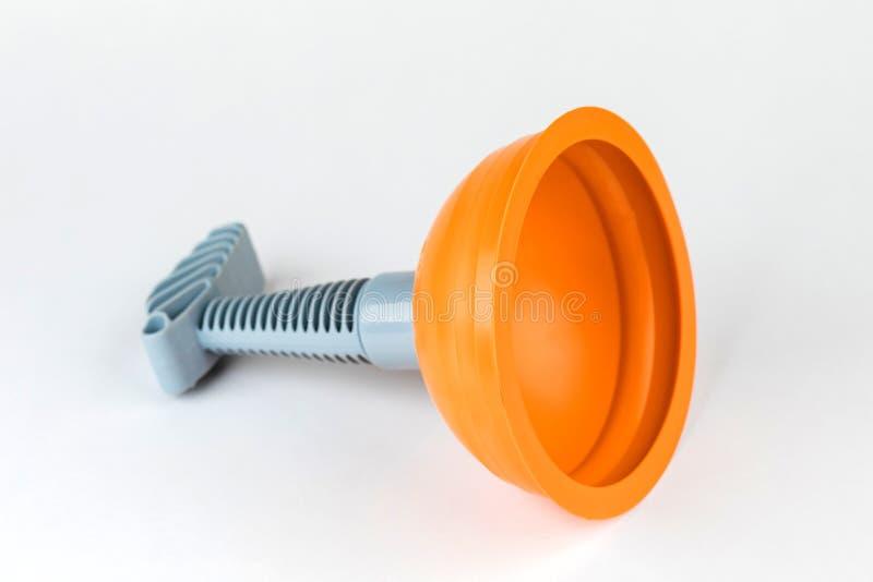 Duiker & x28; plunger& x29; sinaasappel voor het schoonmaken van toilet op witte achtergrond stock foto's