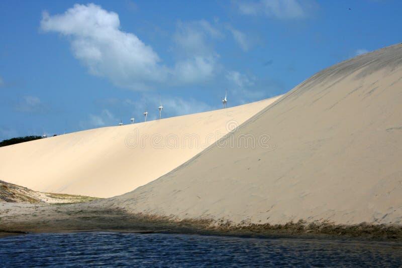Duinen op het strand van Canoa Quebrada royalty-vrije stock afbeelding