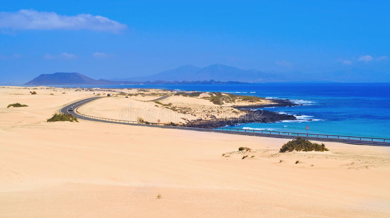 Duinen van Corralejo in Fuerteventura, Spanje stock foto's