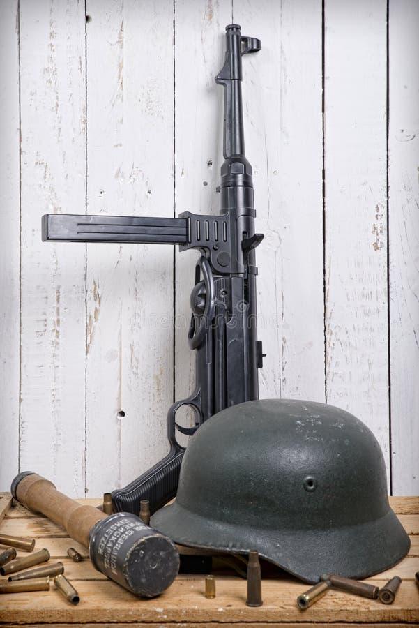 Duits materiaal van Wereldoorlog II stock foto's