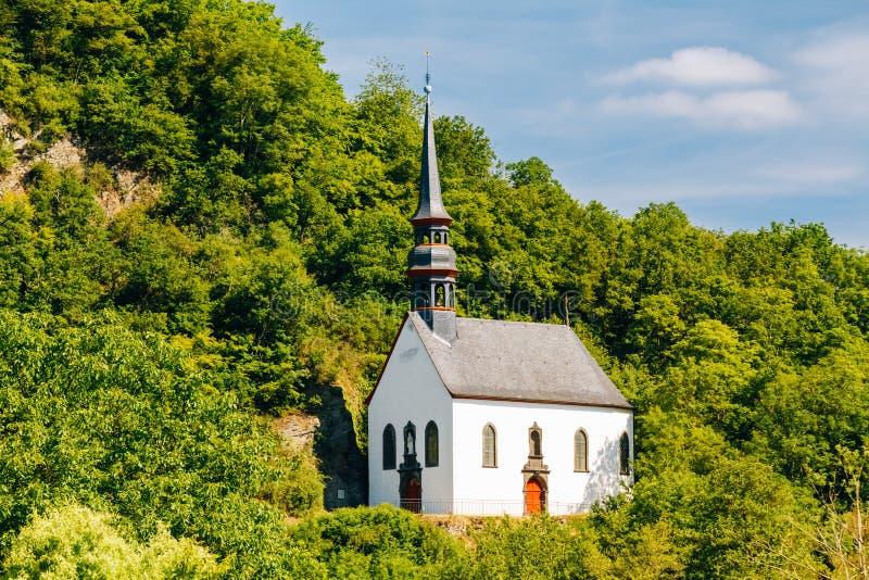 Duitse Kerk in Ahrbruck, District van Ahrweiler stock fotografie