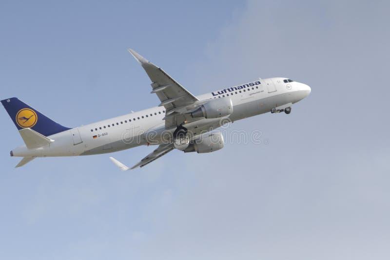 Duitse luchtvaartlijn Lufthansa, Luchtbus A320 royalty-vrije stock afbeeldingen
