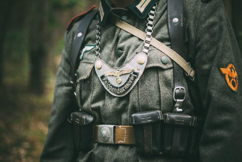 Duitse militaire decoratie op het uniform van a stock afbeeldingen