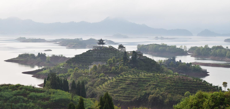 Duizend Eilandmeer, China royalty-vrije stock fotografie