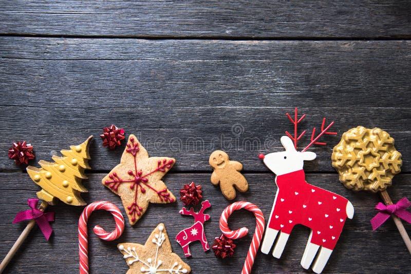 Dulces adornados hechos en casa festivos de la Navidad fotografía de archivo libre de regalías