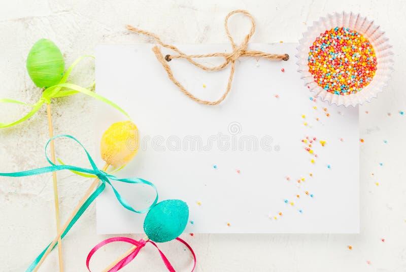 Dulces divertidos del chocolate para Pascua foto de archivo