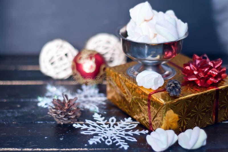 Dulces y pasteles de la Navidad imágenes de archivo libres de regalías