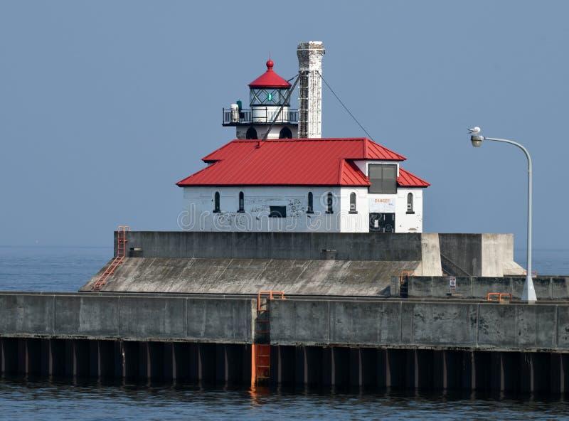 Duluth-Hafen-Südwellenbrecher-äußeres Licht lizenzfreies stockfoto