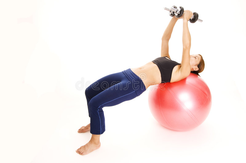 Dumbbell Flyes di Fitball immagine stock